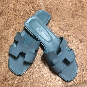 Hermès Oran sandal authentic